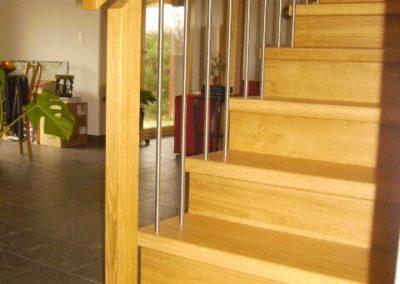 Escalier en bois avec rampe en bois-métal