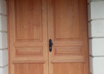 Porte d'entrée en bois massif (chêne)