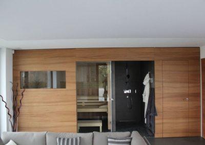 Sauna avec parois en bois